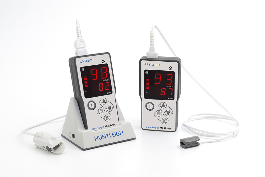 Huntleigh Smartsigns MiniPulse Pulse Oximeter Rechargeable with Adult Sensor | Medical Supermarket